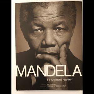 "MANDELA ""THE AUTHORIZED PORTRAIT "" BOOK"